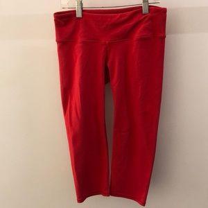Alo Yoga red crop legging, sz s, 67356